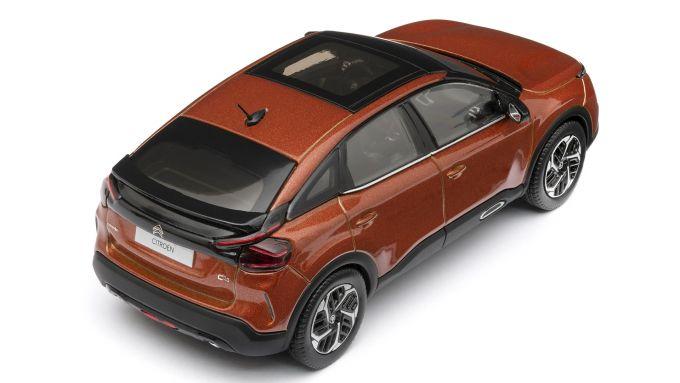 Citroen C4: i modellini, visuale di 3/4 posteriore