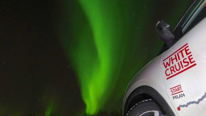 Citroen C5 Aircross 71°N, in posa con l'Aurora Boreale