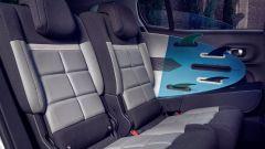 Citroen C5 Aircross Hybrid: i tre sedili posteriori singoli, scorrevoli, ripiegabili, con schienale reclinabile