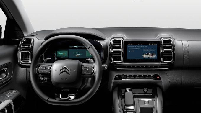 Citroen C5 Aircross Hybrid: la plancia del SUV transalpino