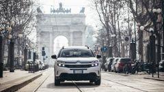 Citroen C5 Aircross Hybrid Plug-In all'Arco della Pace, Milano