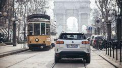 Citroen C5 Aircross Hybrid Plug-In in corso Sempione, Milano