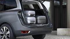 Citroën Grand C4 Picasso 2013: artista spazialista - Immagine: 1