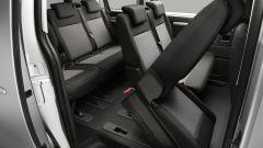 Citroen SpaceTourer: accesso ai sedili posteriori