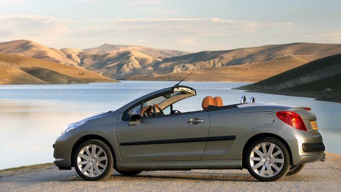 Classifica cabrio usate low cost: la Peugeot 207 CC