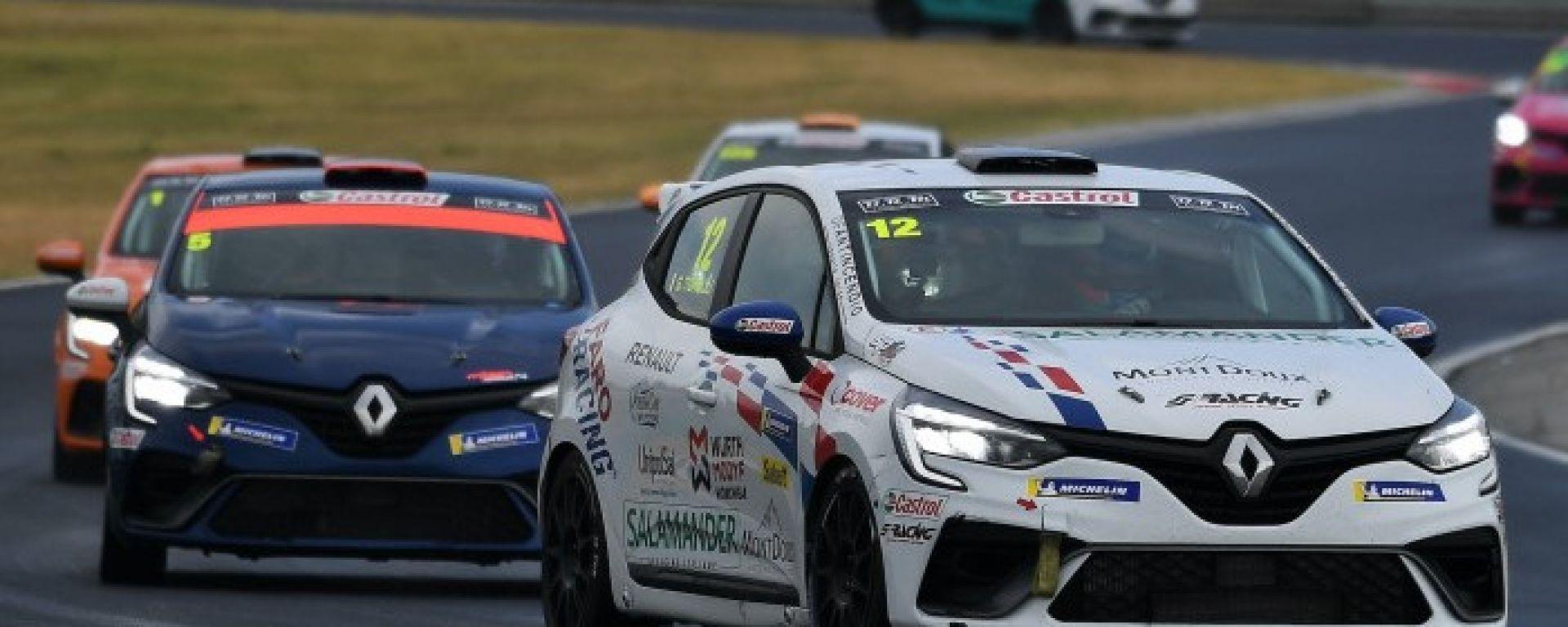 Clio Cup 2021, Gabriele Torelli vince gara-2 in Ungheria