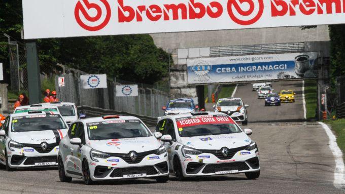 Clio Cup Europe 2021, Monza: bagarre in pista