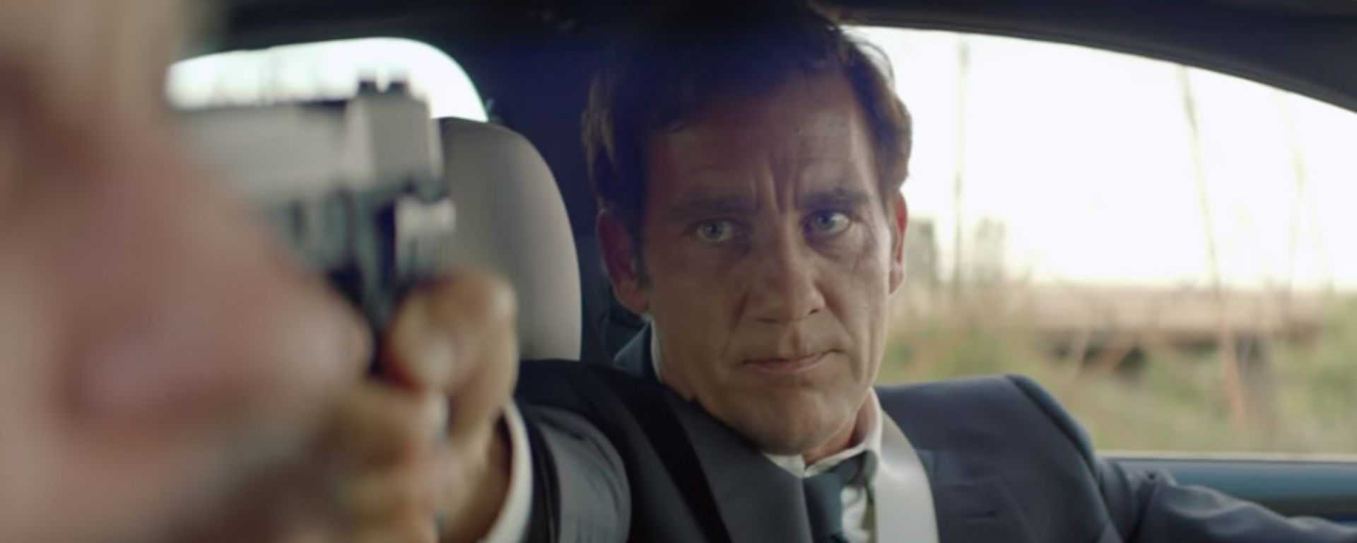Clive Owen protagonista di The Escape con la nuova BMW Serie 5