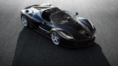 Come sono state vendute le Ferrari LaFerrari Aperta?