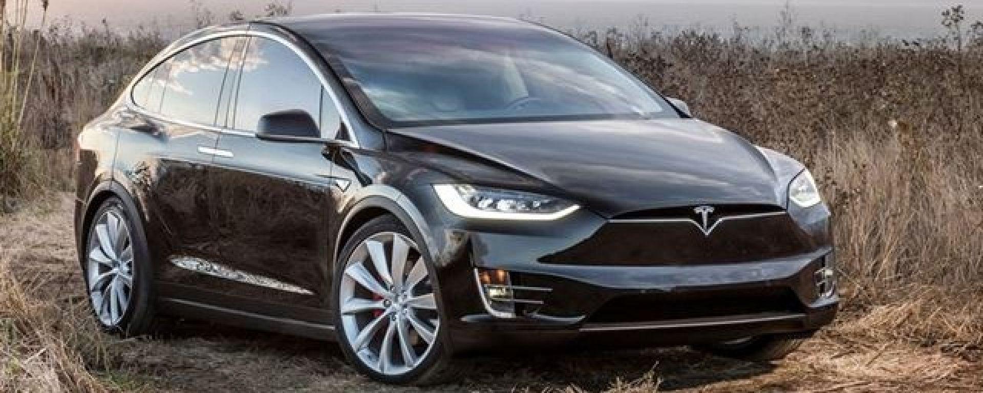 Come trasformare la Tesla nella slitta di Babbo Natale