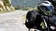Compagni di viaggio le borse laterali e il casco Givi