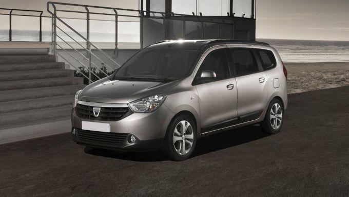 Comparativa auto 7 posti 25mila euro: la Dacia Lodgy