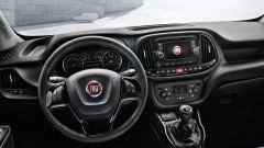 Comparativa auto 7 posti a 25mila euro: la plancia del Fiat Doblò Combinato