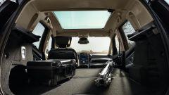Comparativa auto 7 posti a 25mila euro: l'abitacolo della Renault Grand Scénic visto dal vano posteriore