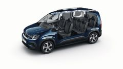 Comparativa auto 7 posti a 25mila euro: un trasparente del multispazio Peugeot Rifter