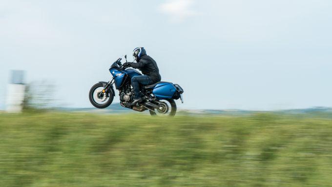 Comparativa crossover: la Yamaha Tracer 700 in azione