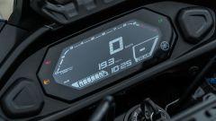 Comparativa crossover: Yamaha Tracer 700, la nuova strumentazione digitale a colori