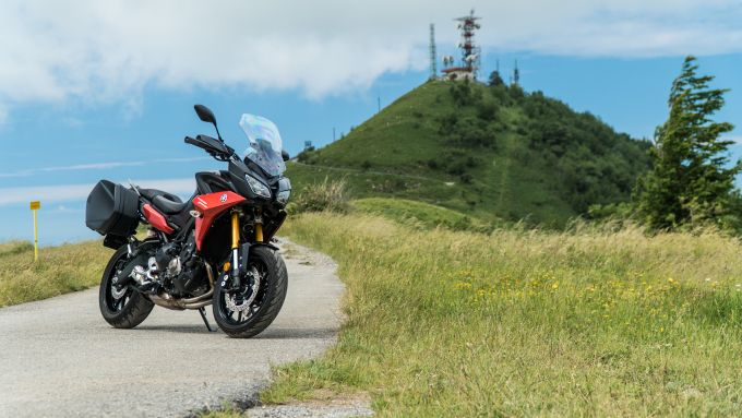 Comparativa Crossover: Yamaha Tracer 900 GT