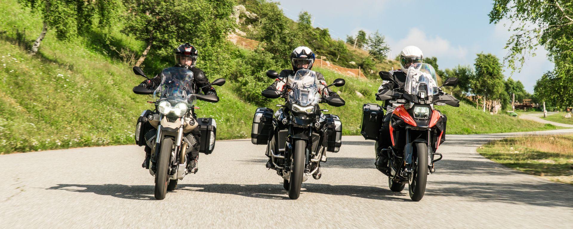 Comparativa enduro stradali da viaggio: Moto Guzzi V85TT Travel, Suzuki V-Strom 1050 XT, Triumph Tiger 900 GT Pro