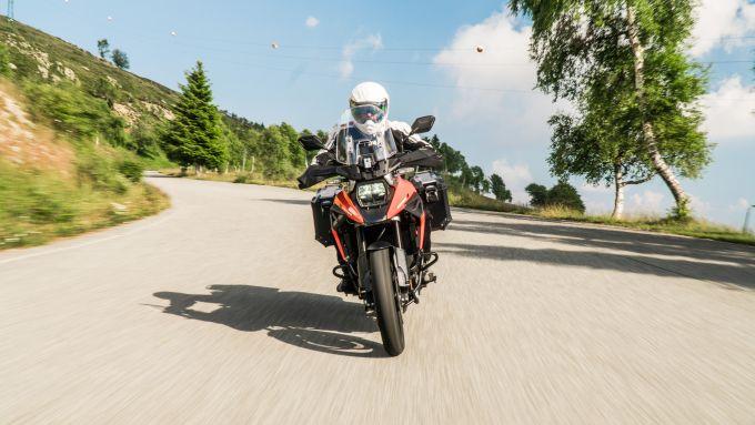 Comparativa enduro stradali da viaggio: Suzuki V-Strom 1050 XT