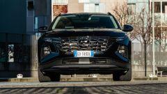 Comparativa Ford Kuga vs Hyundai Tucson: il frontale della Tucson è molto moderno e inconsueto