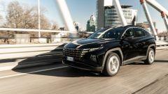 Comparativa Ford Kuga vs Hyundai Tucson: la Tucson offre un gran comfort su strada