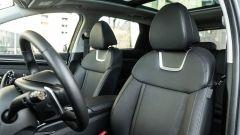 Comparativa Ford Kuga vs Hyundai Tucson: sedili anteriori in pelle e climatizzati sulla Tucson Exellence