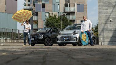Comparativa in stile balneare per Fiat Nuova 500e Cabrio e Smart Fortwo Cabrio