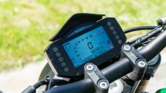 Comparativa naked medie: Benelli 752 S, il display TFT