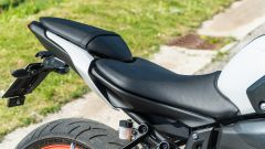 Comparativa naked medie: Yamaha MT-07, dettaglio della sella