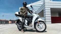 Comparativa scooter 150: abbigliamento Giorgio