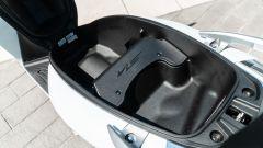 Comparativa scooter 150: Honda SH 150 2020, dettaglio del nuovo sottosella