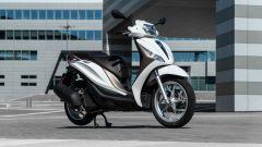 Comparativa scooter 150: Piaggio Medley 150, 3/4 anteriore