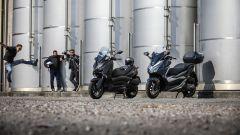 Comparativa scooter 300: photobomb del videomaker Christian Scorziello
