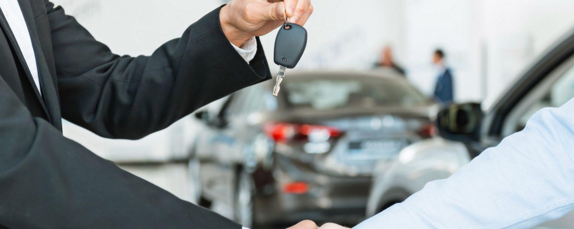 Comprare l'auto all'estero: spesso, un affare