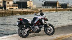 Con 200 euro in più rispetto alla versione rossa, è possibile avere la livrea GP White