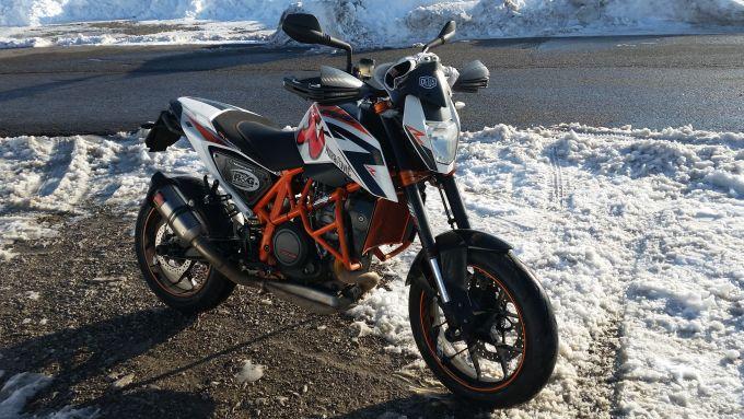 Con la mia KTM 690 Duke R andavo ovunque, anche sulla neve. Mi ha accompagnato - tra gioie e dolori - per 41.000 km