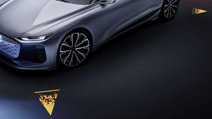 Concept Audi A6 e-tron: proiezioni a terra delle