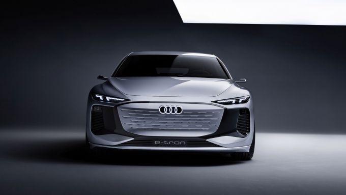 Concept Audi A6 e-tron: visuale frontale