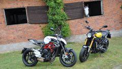 Confronto naked: MV Agusta Brutale 800 sfida Yamaha XSR900 - Immagine: 3
