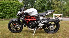 Confronto naked: MV Agusta Brutale 800 sfida Yamaha XSR900 - Immagine: 12