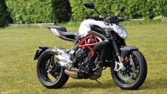 Confronto naked: MV Agusta Brutale 800 sfida Yamaha XSR900 - Immagine: 11