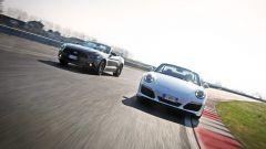 Porsche 911 Carrera 4 Cabrio VS Ford Mustang 5.0 Cabrio  - Immagine: 4