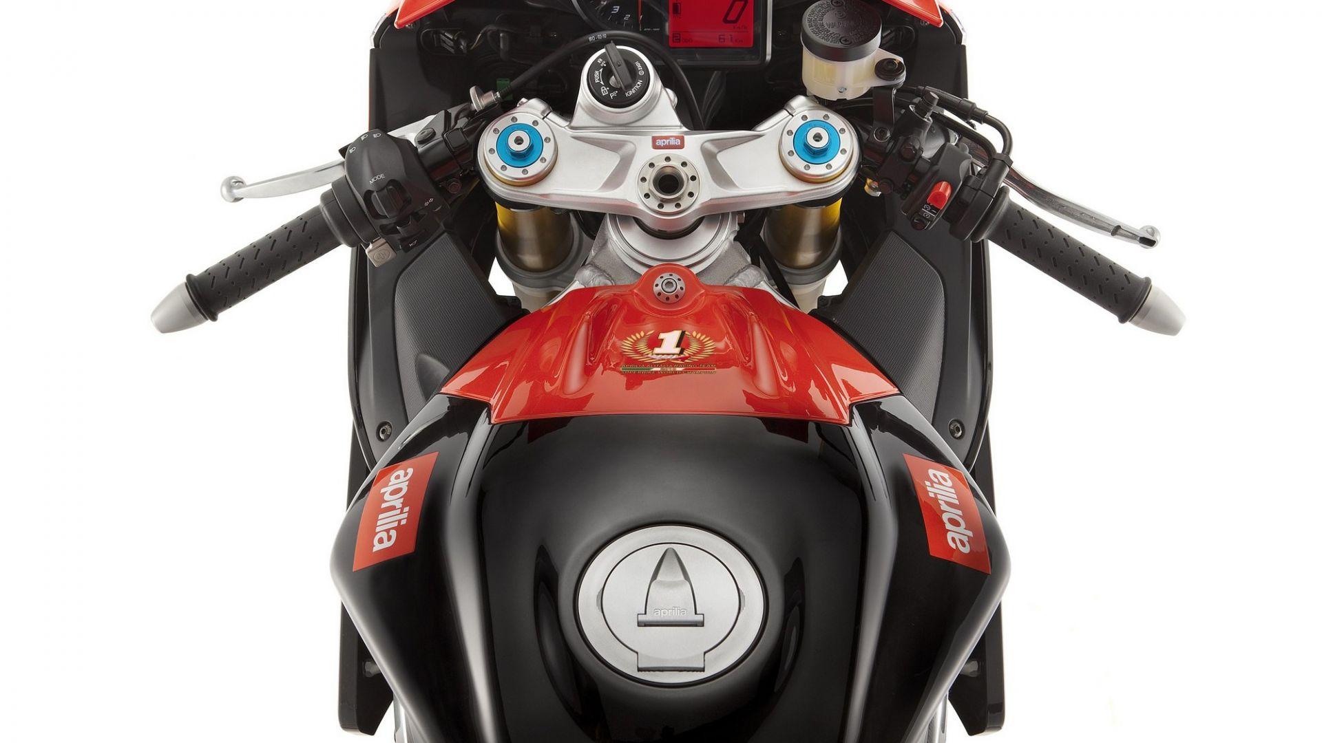 Immagine 61: Al Mugello con le 1000 Superbike 2011