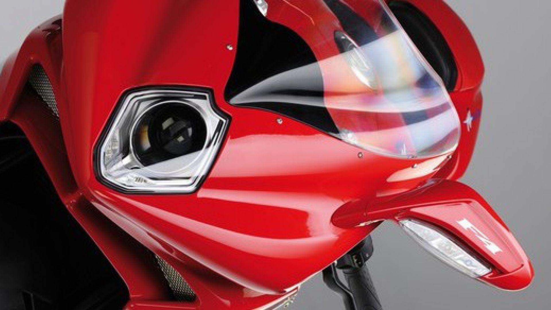 Immagine 95: Al Mugello con le 1000 Superbike 2011
