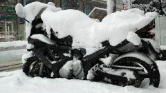 Consigli per l'inverno, un telo copri moto avrebbe fatto comodo