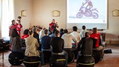 Corso Ducati DRE Enduro: a lezione di teoria in aula seduti sulle Wellness Ball Technogym