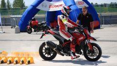 Corso guida DRE Ducati Riding Experience Precision, la frenata su sabbia con ABS by Bosch