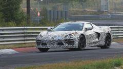Corvette C8: ecco le nuove foto spy dal Nurburgring (video) - Immagine: 2