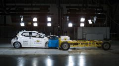 Nuova Toyota Yaris 2020: il video dei crash test Euro NCAP - Immagine: 1
